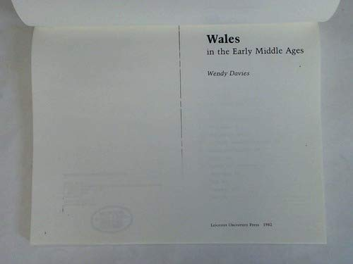 9780718511630: Wales in the Early Middle Ages