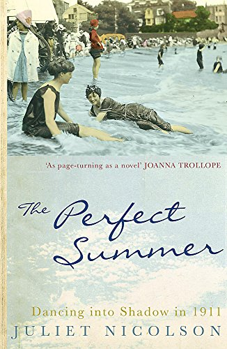 9780719562433: The Perfect Summer: Dancing into Shadow in 1911