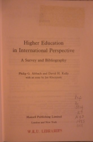9780720117073: Higher Education in International Perspective: A Survey and Bibliography