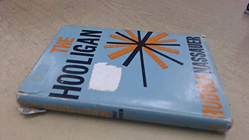 9780720641752: The Hooligan