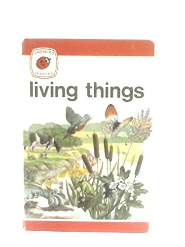 9780721404028: Living Things (Ladybird leaders)