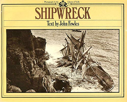 9780722136355: Shipwreck: Photographs by the Gibsons of Scilly