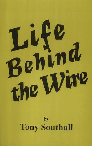 9780722334577: Life Behind the Wire