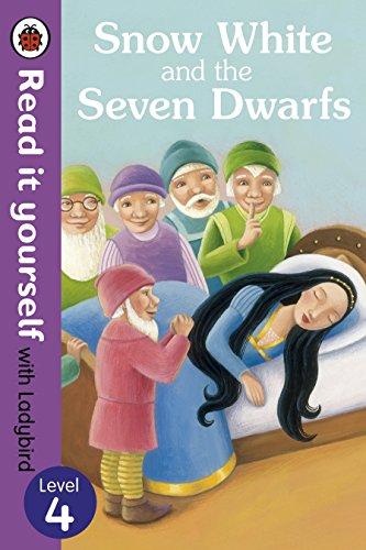 9780723273288: Read It Yourself Snow White and the Seven Dwarfs (mini Hc)