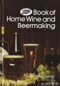 9780723407942: THE BOOTS BOOK OF HOME WINE AND BEERMAKING.