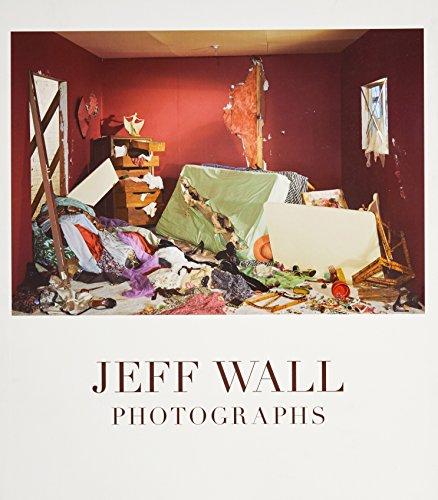 9780724103546: Jeff Wall Photographs