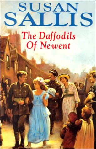 9780727855077: The Daffodils of Newent (Rising family saga)