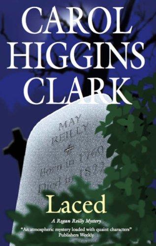 9780727866240: Laced (Regan Reilly Mysteries, No. 10)