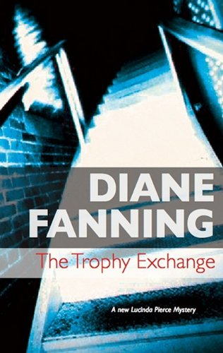 9780727878038: The Trophy Exchange (Severn House Large Print)