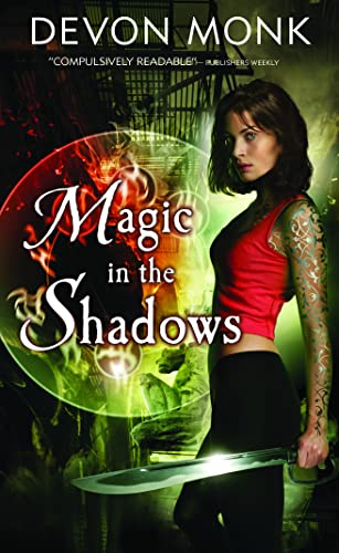 9780732289348: Magic in the Shadows