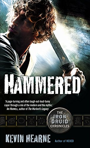 9780732292928: Hammered (Iron Druid Chronicles)