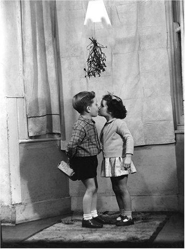9780735312326: Mistletoe Kiss Holiday Cards