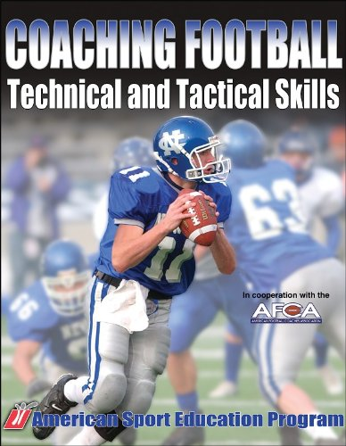 9780736051842: Coaching Football Technical and Tactical Skills (Technical and Tactical Skills Series)