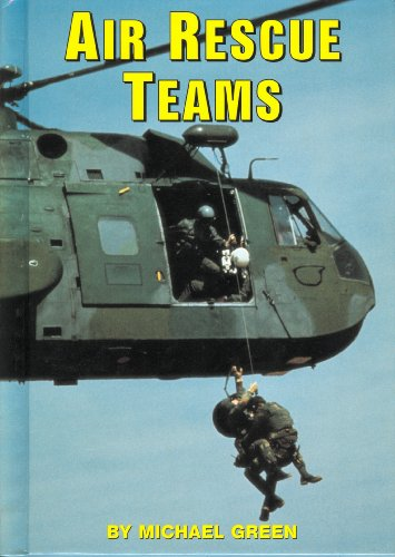 9780736804707: Air Rescue Teams (Serving Your Country)