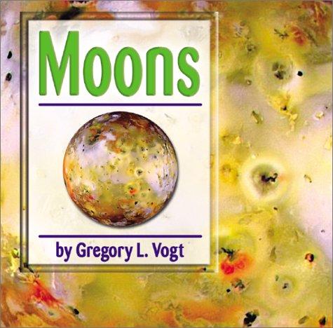 9780736813839: Moons (Galaxy)
