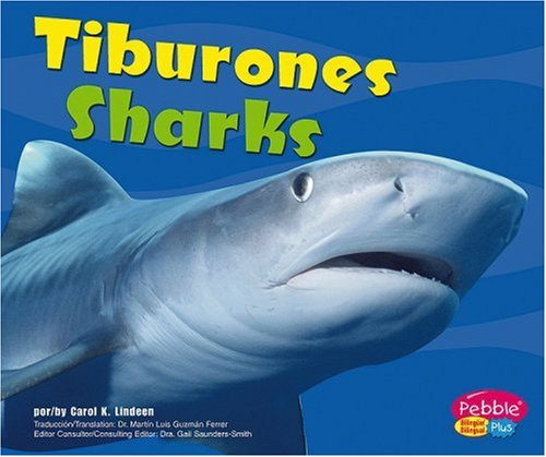 Tiburones / Sharks (Bajo las olas / Under the Sea): Capstone Press