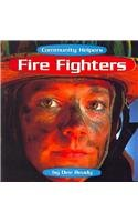 9780736884556: Fire Fighters (Community Helpers)
