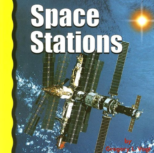 9780736891714: Space Stations