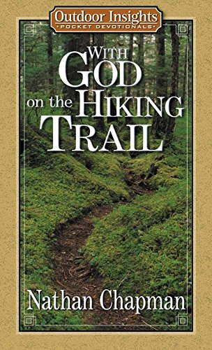 9780736907064: With God on the Hiking Trail (Outdoor Insights Pocket Devotionals)