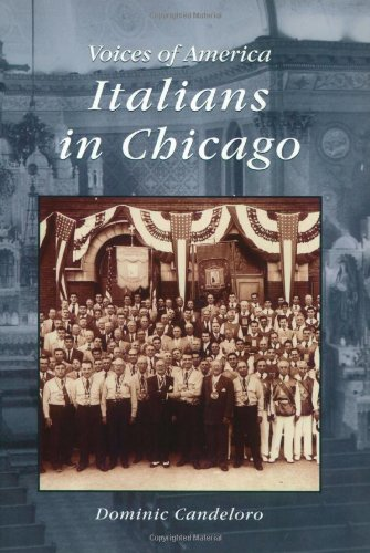 9780738508467: Italians in Chicago (Voices of America)