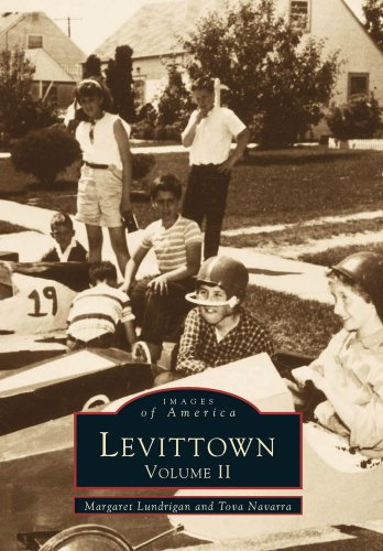9780738562292: Levittown: Volume II (NY) (Images of America)