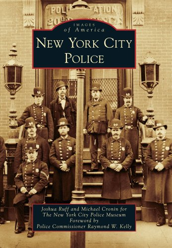 9780738576367: New York City Police (Images of America)