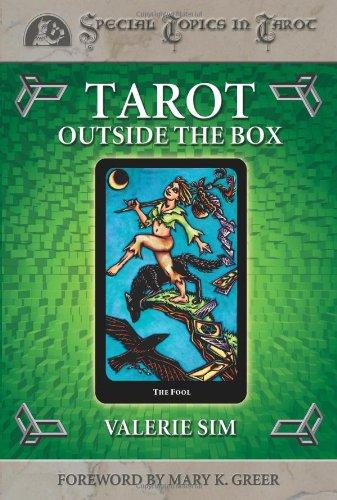 9780738702773: Tarot Outside the Box (Special Topics in Tarot Series)