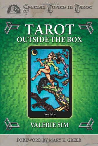 9780738702773: Tarot Outside the Box (Special Topics in Tarot Series)
