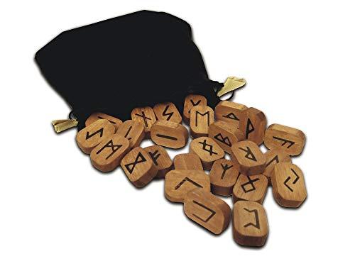 9780738713960: Wooden Runes