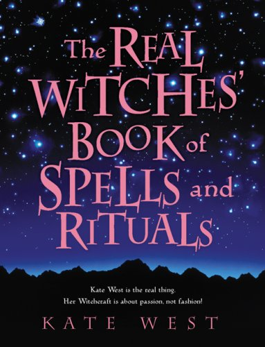 9780738715117: The Real Witches' Book of Spells and Rituals