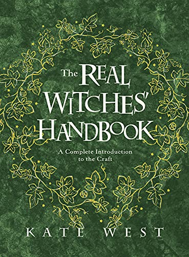 9780738760025: The Real Witches' Handbook: A Complete Introduction to the Craft