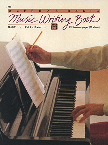 9780739025994: 12 Staff Music Writing Book