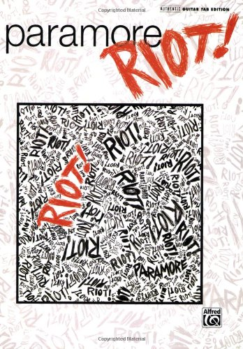 9780739050439: Paramore Riot Book Guitar Tab Edition