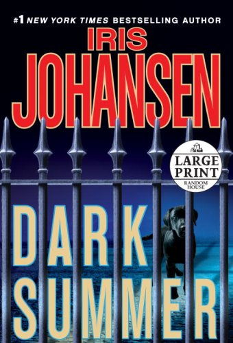 9780739327555: Dark Summer (Random House Large Print)