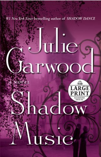 9780739327593: Shadow Music (Random House Large Print)