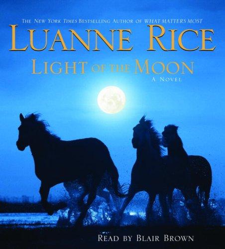 9780739343609: Light of the Moon