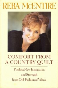 9780739404423: Comfort From a Country Quilt (Large Print)
