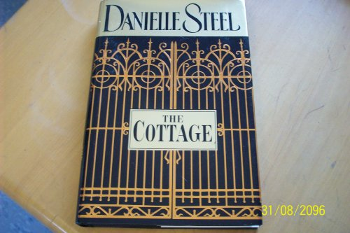 9780739423431: The Cottage - Large Print Edition