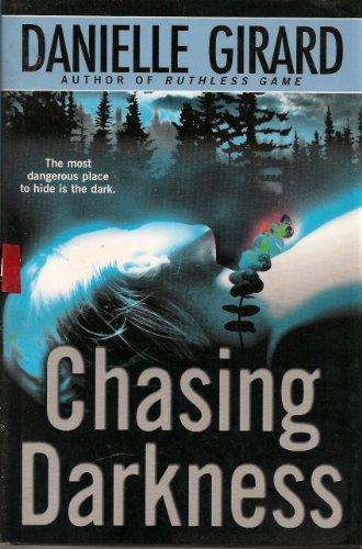 9780739423639: Chasing Darkness