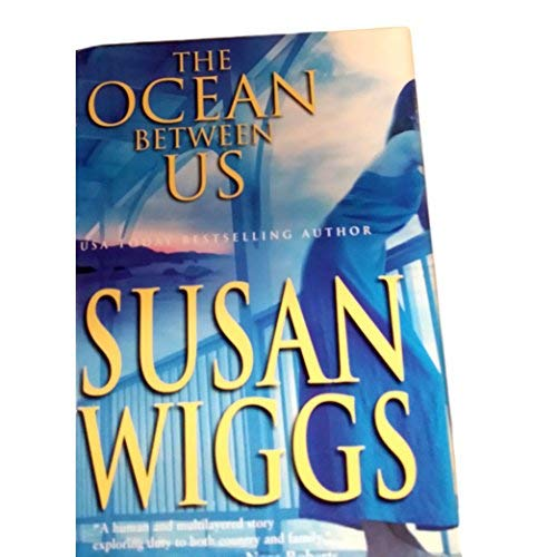 9780739442340: The Ocean Between Us (Large Print)