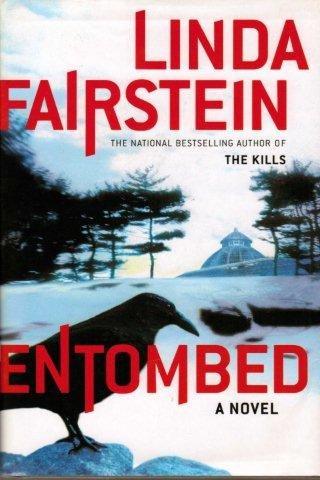 9780739450352: Entombed a Novel (Large Print Edition)