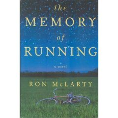 9780739455340: The Memory of Running