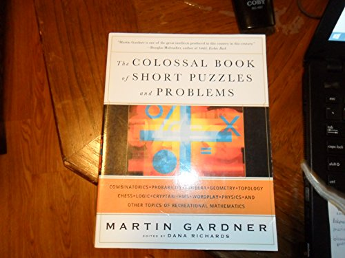9780739468562: The Colossal Book of Short Puzzles and Problems