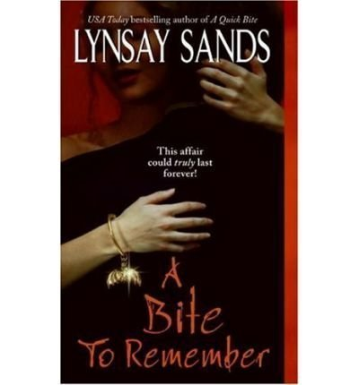 9780739471142: A Bite to Remember (Argeneau Vampires, Book 5)