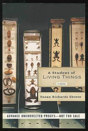 9780739474990: A Student of Living Things