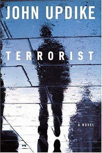 9780739475805: Terrorist