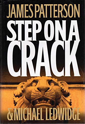 9780739479216: Step on a Crack - Large Print Edition
