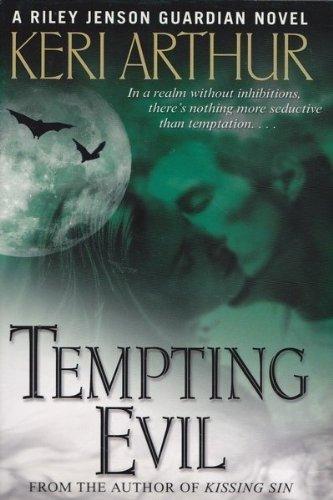 9780739480489: Tempting Evil [Gebundene Ausgabe] by Arthur, Keri