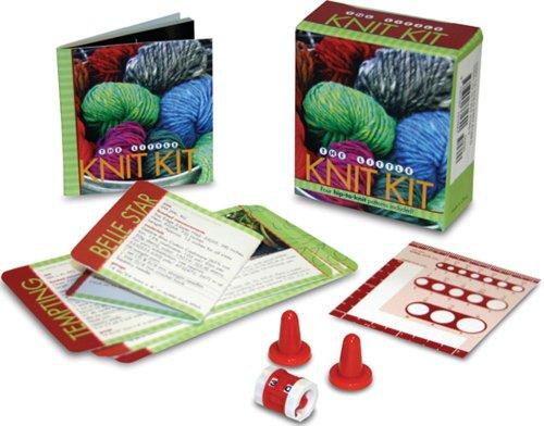 9780740761690: The Little Knit Kit