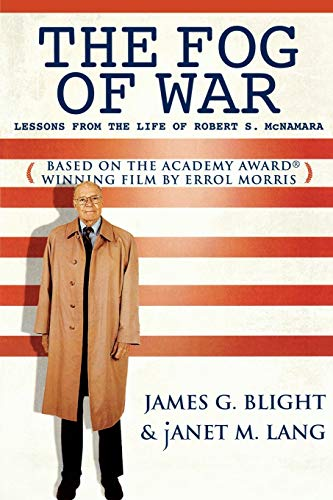 9780742542211: The Fog of War: Lessons from the Life of Robert S. McNamara